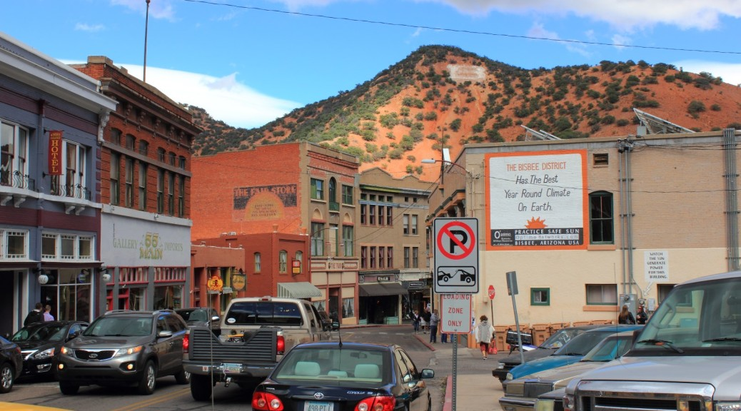 Old Town Bisbee AZ The Foxworthy Traveling Show - Bisbee car show